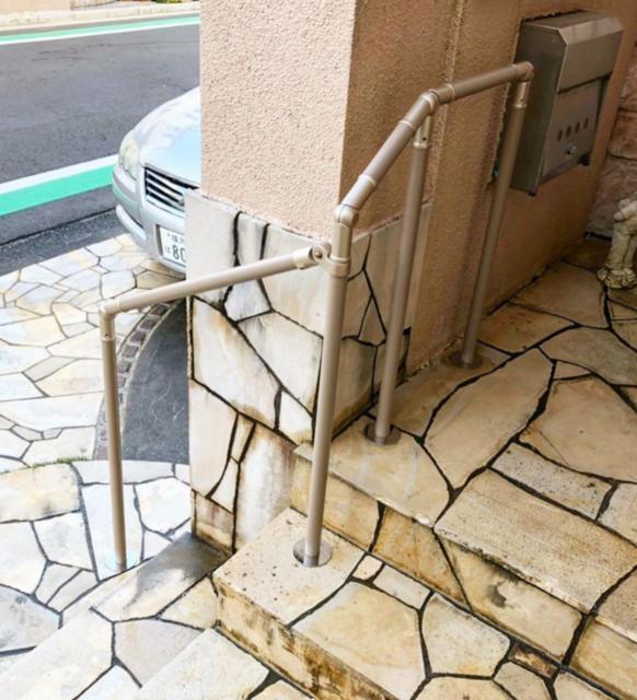 屋外階段手すり1.png